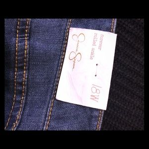 NWT Jessica Simpson Forever rolled ankle jeans 18W